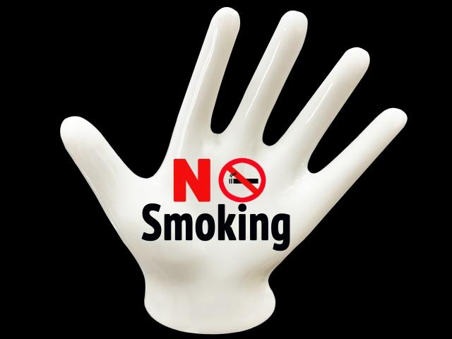 歯科でも禁煙は重要であり禁煙外来があるという説明