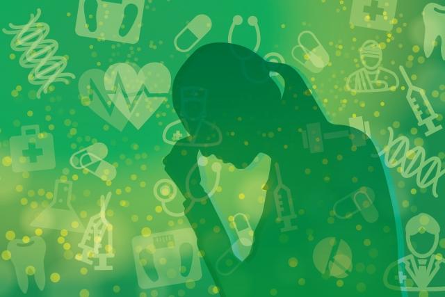 歯科でも金属アレルギー起こる可能性があるので歯科金属アレルギーかもと悩む女性